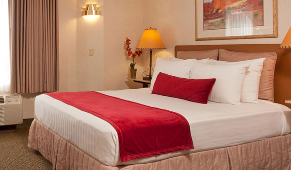 Traditional Queen Guestroom at Inn at Santa Fe Hotel, New Mexico